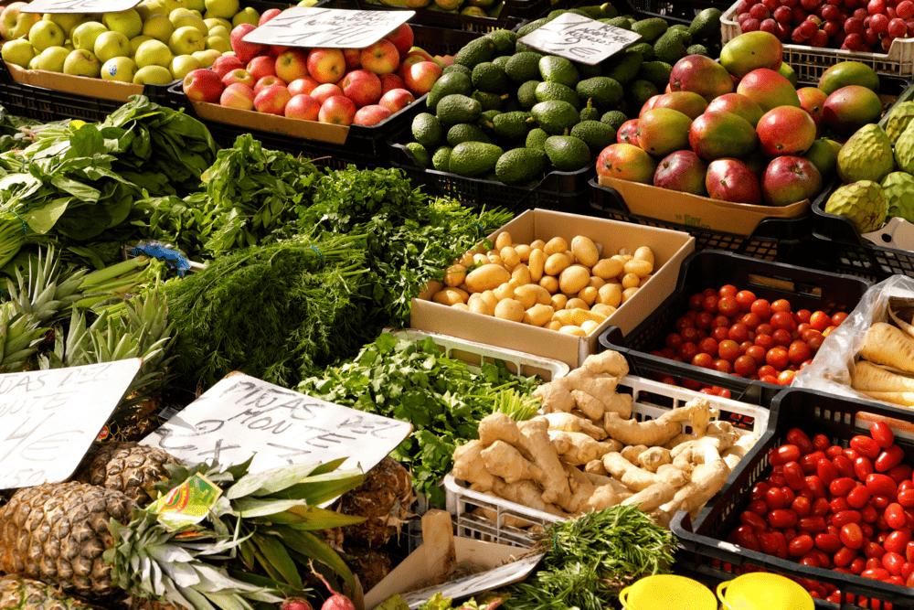 comprar-verdura-mercado-el-carmen